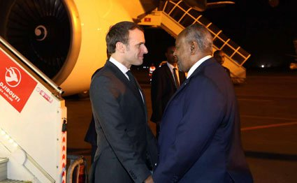 Presidents Emmanuel Macron and Ismail Omar Guelleh