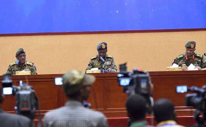Sudan army rulers say talks with protesters to resume