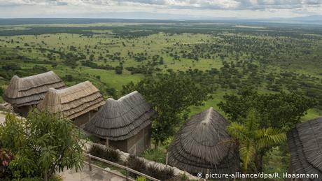 Afrikas Nationalparks (picture-alliance/dpa/R. Haasmann)