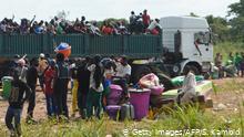 Symbolbild Afrika Flüchtlinge in einem Truch